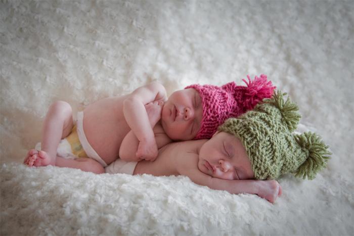 Twins Newborn Picture